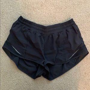 Black hotty hot shorts lululemon